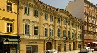 Savills was entrusted with the administration of Harrachov Palace in the center of Prague