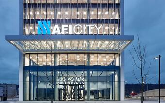 Lobby of the recently completed AFI CITY office building 1
